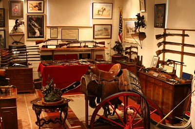 Martin Giles, 19th Century American Firearms, Antique Western and Equestrian Collectables, Fine Horsedrawn Carriages